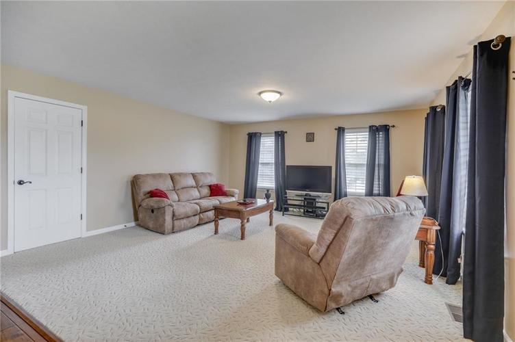 7702 Donnehan Court Indianapolis, IN 46217 | MLS 21661164 | photo 34