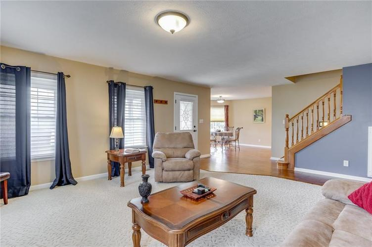 7702 Donnehan Court Indianapolis, IN 46217 | MLS 21661164 | photo 4