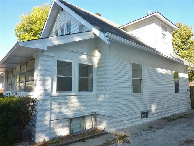 102 W SOUTHERN Avenue Indianapolis, IN 46225   MLS 21661169   photo 2