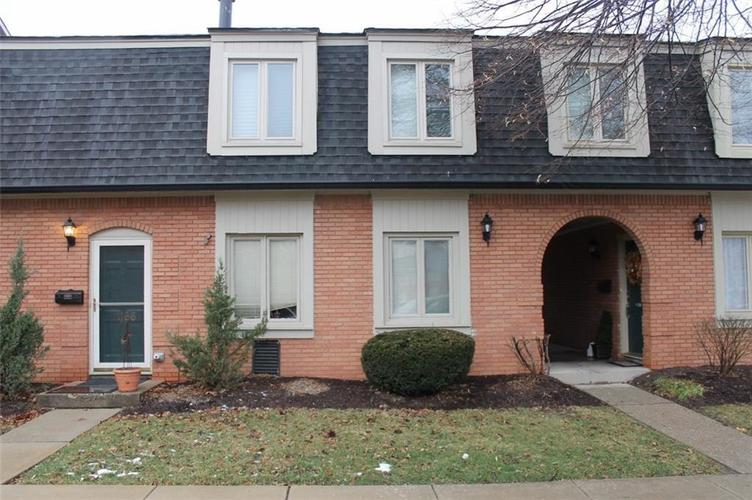 1160 Canterbury Court #B Indianapolis, IN 46260 | MLS 21661173 | photo 1