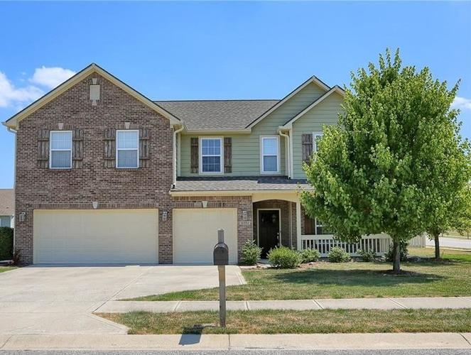 16004  Bounds Court Noblesville, IN 46062   MLS 21661184