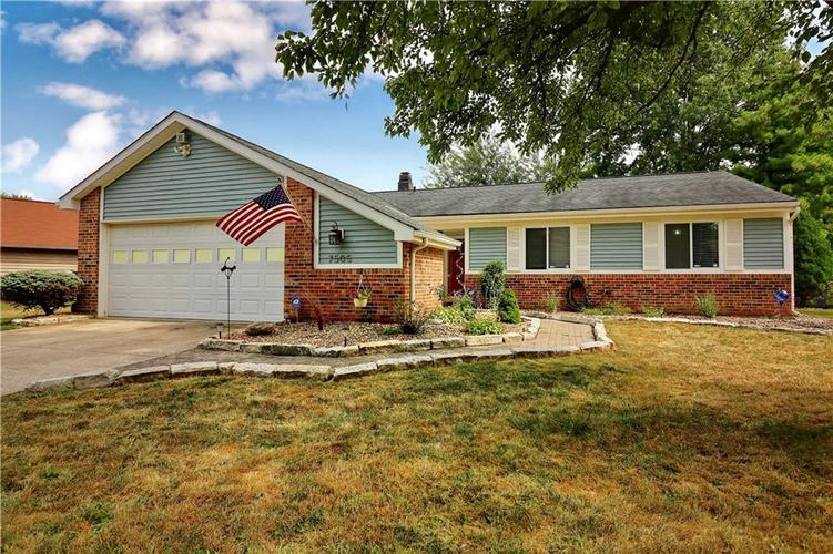 7505 BLUE CREEK S Drive Indianapolis, IN 46256 | MLS 21661217 | photo 1