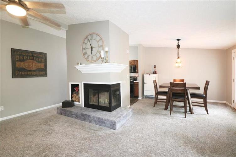 7505 BLUE CREEK S Drive Indianapolis, IN 46256 | MLS 21661217 | photo 11