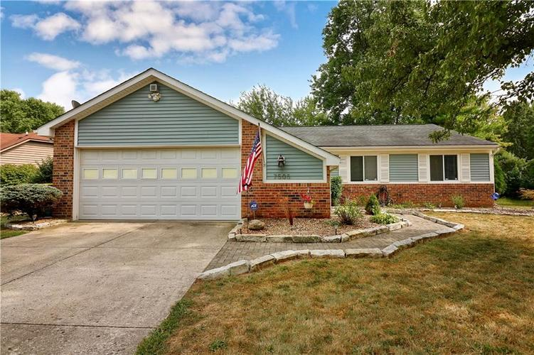 7505 BLUE CREEK S Drive Indianapolis, IN 46256 | MLS 21661217 | photo 3