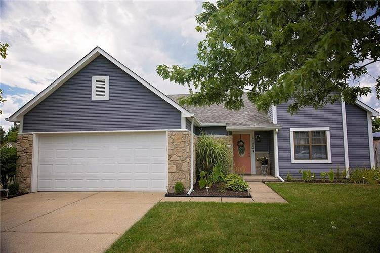 1082  Barcelona Drive Greenwood, IN 46143 | MLS 21661245