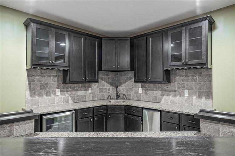 9977 Backstretch Row Fishers, IN 46040 | MLS 21661256 | photo 13