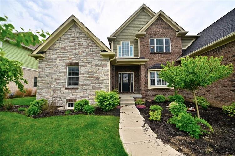 9977 Backstretch Row Fishers, IN 46040 | MLS 21661256 | photo 2