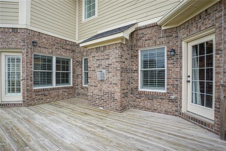 9977 Backstretch Row Fishers, IN 46040 | MLS 21661256 | photo 40