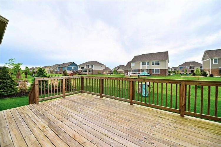 9977 Backstretch Row Fishers, IN 46040 | MLS 21661256 | photo 41