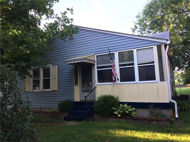 7116 E 14th Street Indianapolis, IN 46219 | MLS 21661268 | photo 1