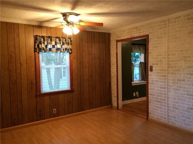 7116 E 14th Street Indianapolis, IN 46219 | MLS 21661268 | photo 14