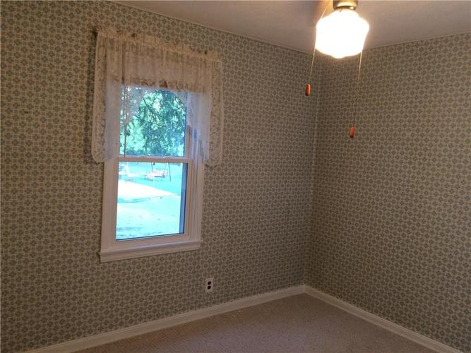 7116 E 14th Street Indianapolis, IN 46219 | MLS 21661268 | photo 16