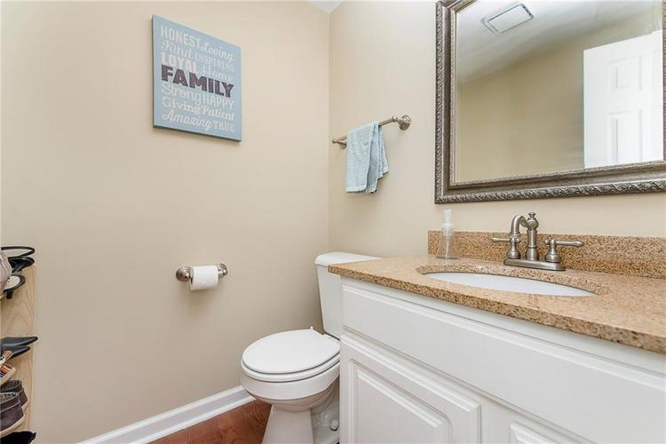 11505 Valley View Lane Indianapolis, IN 46236   MLS 21661272   photo 15