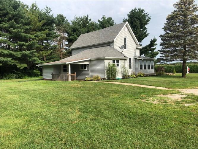 1763 E County Road 500 North Frankfort, IN 46041 | MLS 21661304 | photo 2