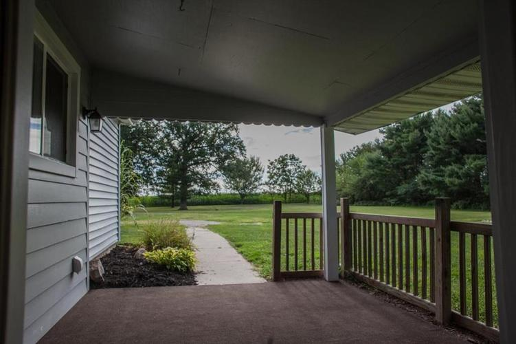 1763 E County Road 500 North Frankfort, IN 46041 | MLS 21661304 | photo 24