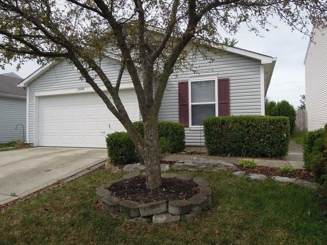 10688 Glenayr Drive Camby, IN 46113 | MLS 21661334 | photo 2