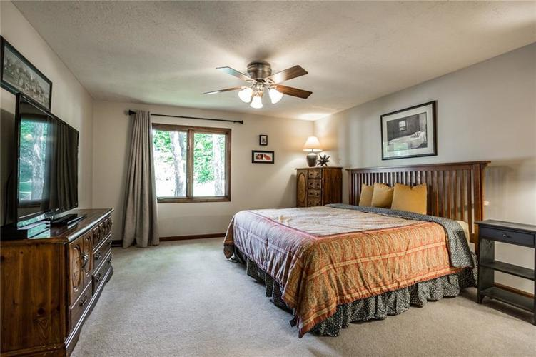 519 CANTERBURY Court Noblesville, IN 46060 | MLS 21661401 | photo 23