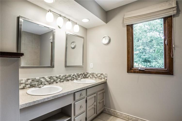 519 CANTERBURY Court Noblesville, IN 46060 | MLS 21661401 | photo 25