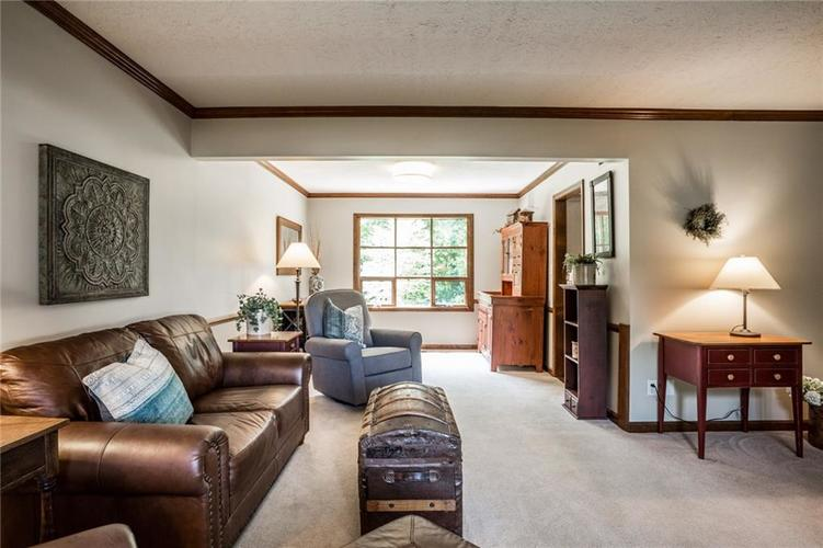 519 CANTERBURY Court Noblesville, IN 46060 | MLS 21661401 | photo 7