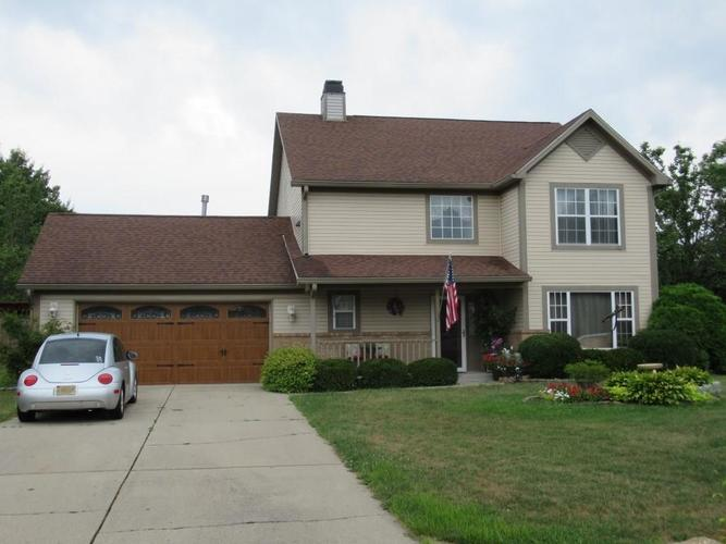 925  Eagle Brook Drive Shelbyville, IN 46176 | MLS 21661448