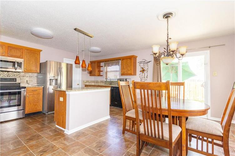 784 Runnymede Drive Greenfield, IN 46140   MLS 21661449   photo 13
