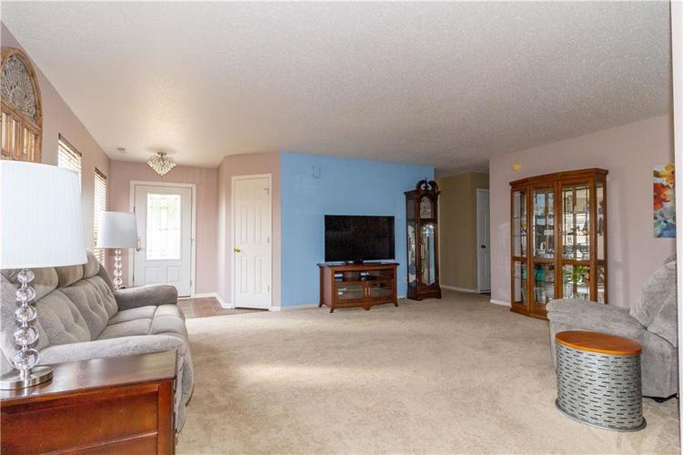 784 Runnymede Drive Greenfield, IN 46140   MLS 21661449   photo 19