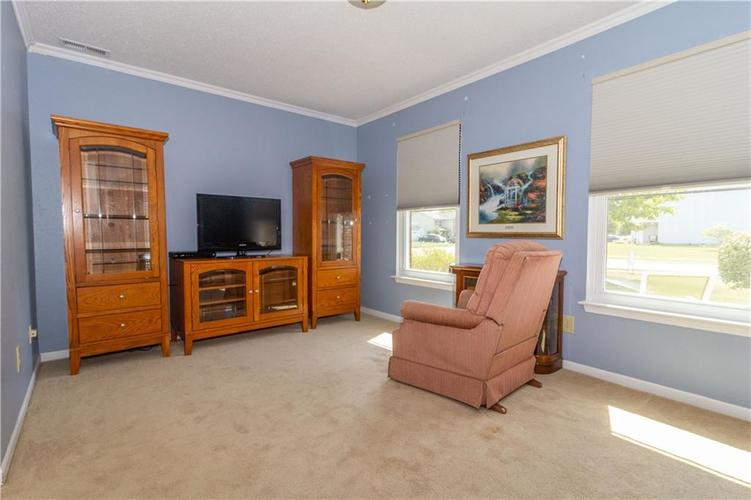 784 Runnymede Drive Greenfield, IN 46140   MLS 21661449   photo 29