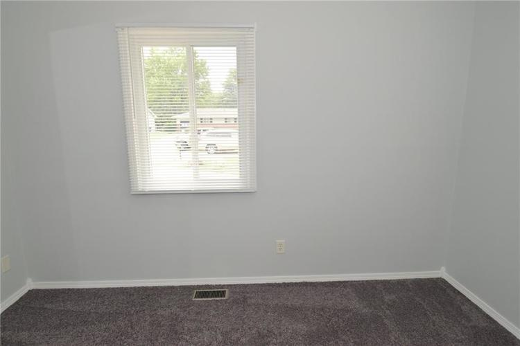 9052 Greenlee Circle Indianapolis, IN 46234 | MLS 21661459 | photo 22