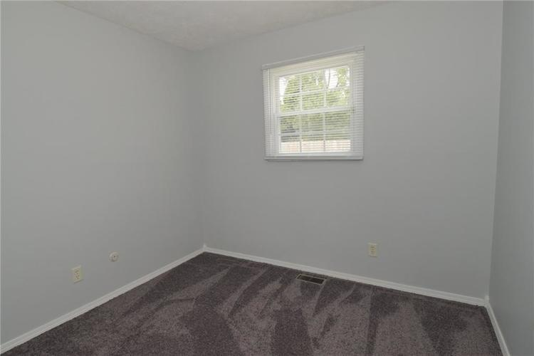 9052 Greenlee Circle Indianapolis, IN 46234 | MLS 21661459 | photo 24