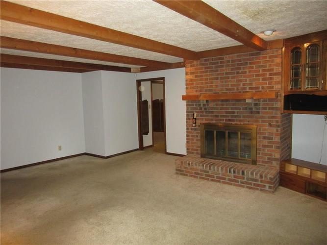 4171 W Fairview Road Greenwood, IN 46142 | MLS 21661475 | photo 13