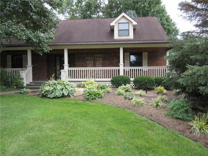 4171 W Fairview Road Greenwood, IN 46142 | MLS 21661475 | photo 2