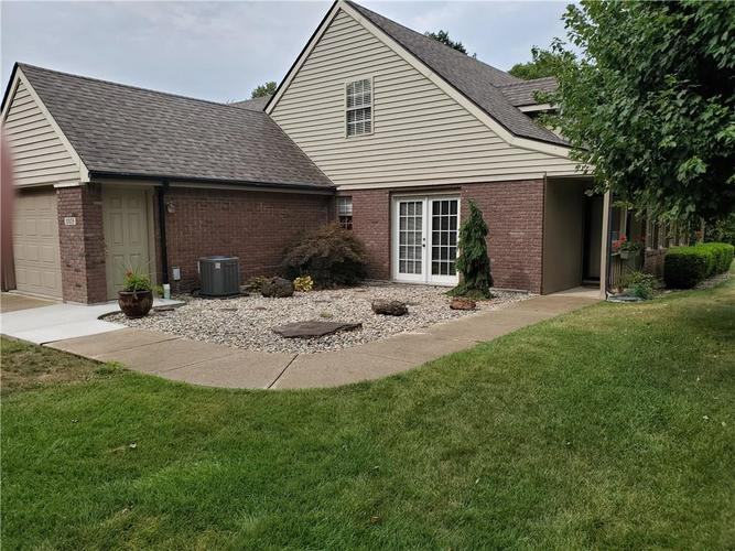1005 Charleston Commons Drive #10 Anderson, IN 46012   MLS 21661477   photo 2