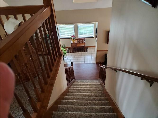 1005 Charleston Commons Drive #10 Anderson, IN 46012   MLS 21661477   photo 8