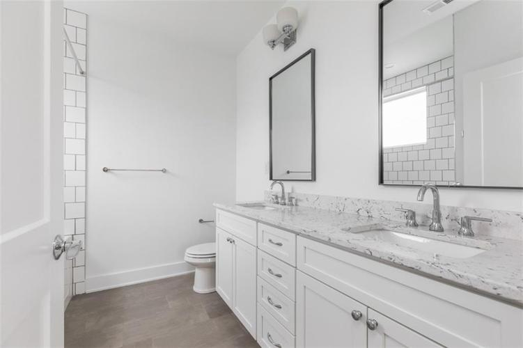 650 E 13th Street Indianapolis, IN 46204 | MLS 21661564 | photo 12