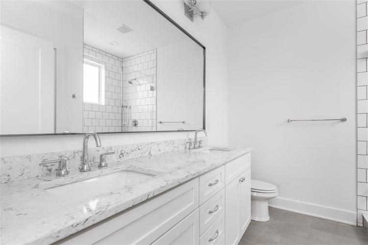 650 E 13th Street Indianapolis, IN 46204 | MLS 21661564 | photo 17