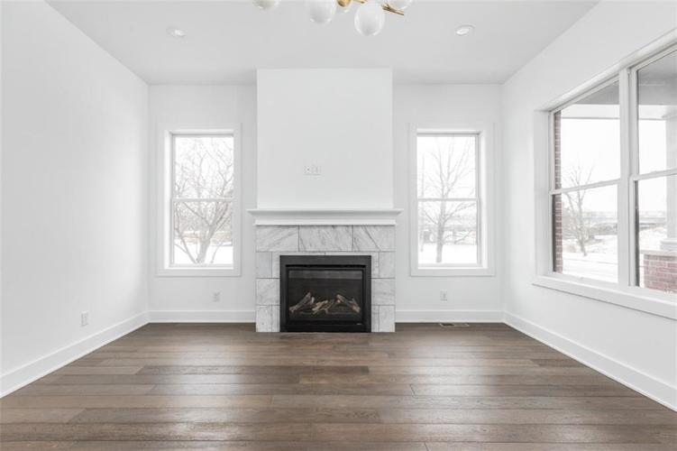 650 E 13th Street Indianapolis, IN 46204 | MLS 21661564 | photo 4