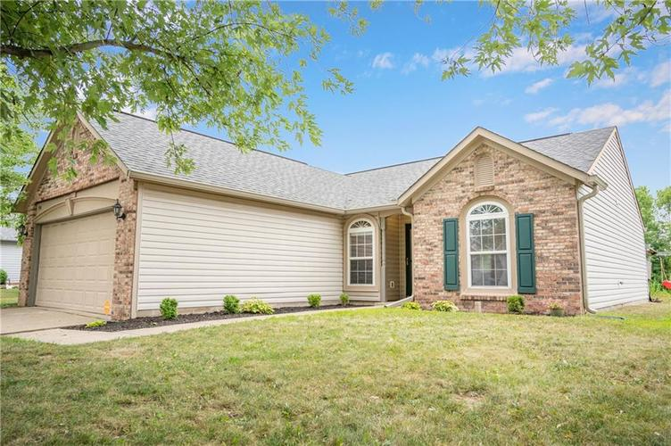 996 CANARY CREEK Drive Franklin, IN 46131   MLS 21661599   photo 18