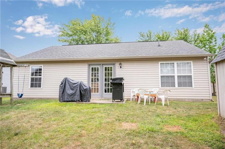996 CANARY CREEK Drive Franklin, IN 46131   MLS 21661599   photo 2