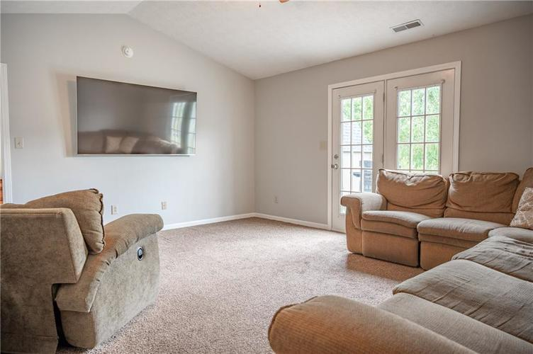996 CANARY CREEK Drive Franklin, IN 46131   MLS 21661599   photo 5