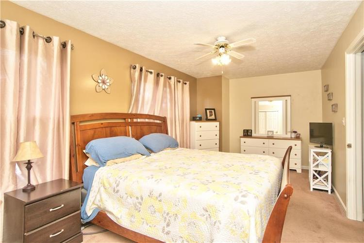 3547 N Insignia Court Indianapolis, IN 46214   MLS 21661613   photo 15