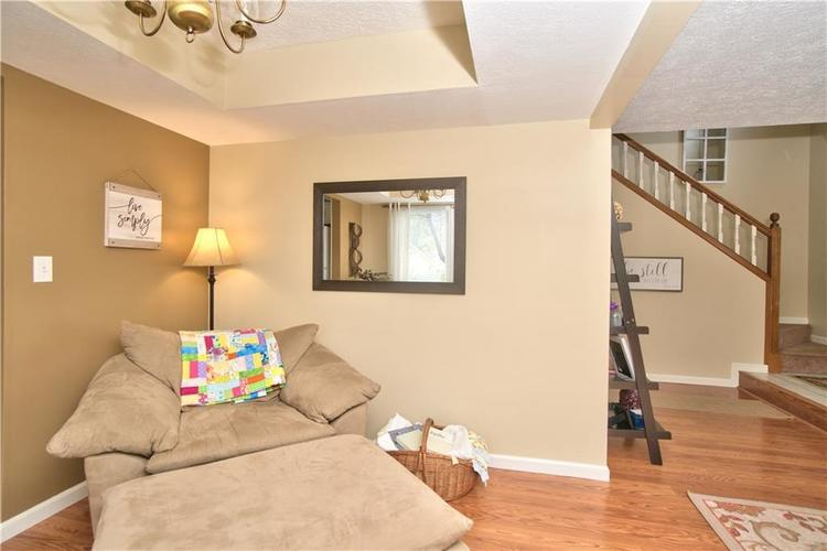 3547 N Insignia Court Indianapolis, IN 46214   MLS 21661613   photo 5