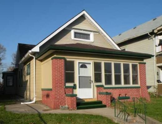 1612 Woodlawn Avenue Indianapolis, IN 46203 | MLS 21661637 | photo 1