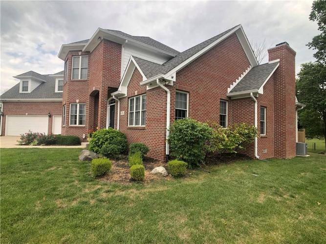 7510 SLY FOX Drive Indianapolis, IN 46237 | MLS 21661667 | photo 2
