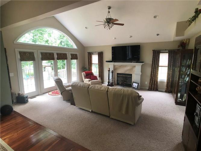 7510 SLY FOX Drive Indianapolis, IN 46237 | MLS 21661667 | photo 4
