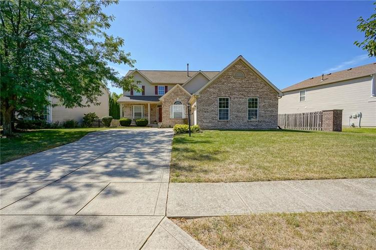 11892  Royalwood Drive Fishers, IN 46037 | MLS 21661669