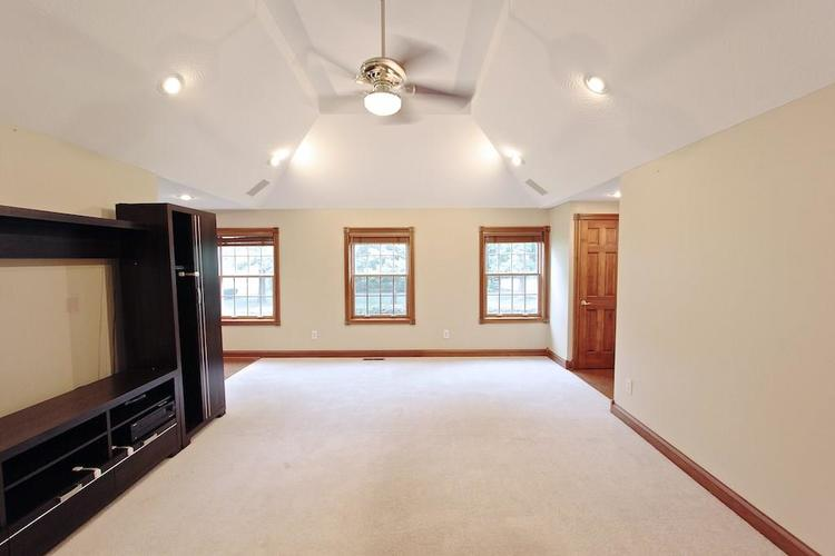 2410 S Post Road Indianapolis, IN 46239 | MLS 21661681 | photo 11