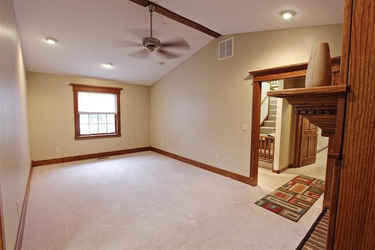 2410 S Post Road Indianapolis, IN 46239 | MLS 21661681 | photo 12