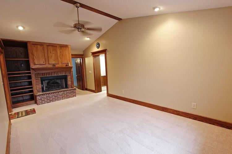2410 S Post Road Indianapolis, IN 46239 | MLS 21661681 | photo 15