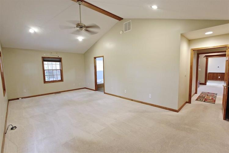 2410 S Post Road Indianapolis, IN 46239 | MLS 21661681 | photo 23