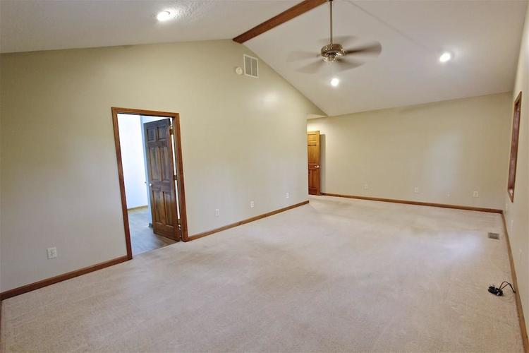 2410 S Post Road Indianapolis, IN 46239 | MLS 21661681 | photo 24